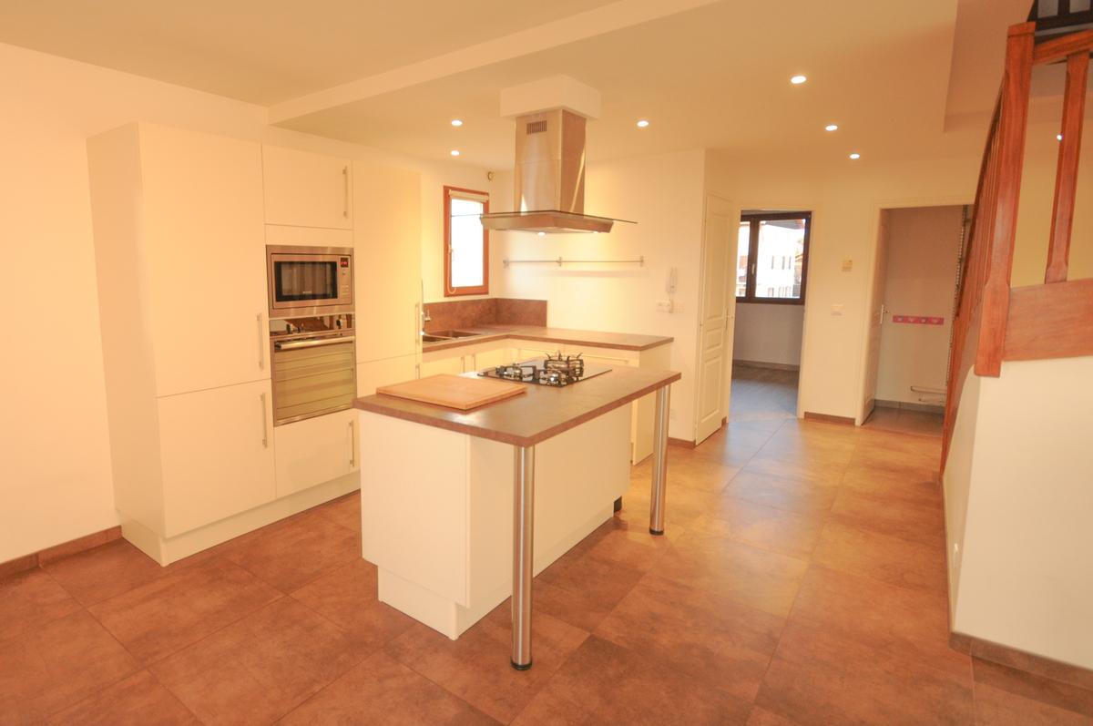Appartement rénové - Metz-Tessy